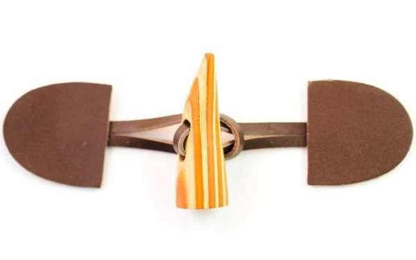 Dufflecoat Verschluss Leder Holz orange K-102